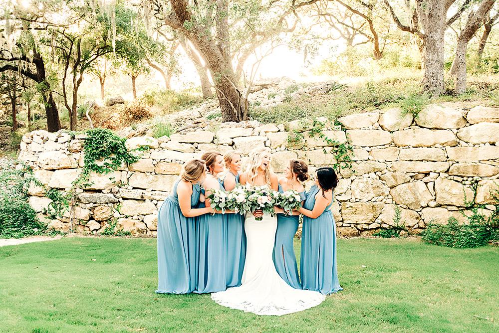 bride and bridesmaids in san antonio texas