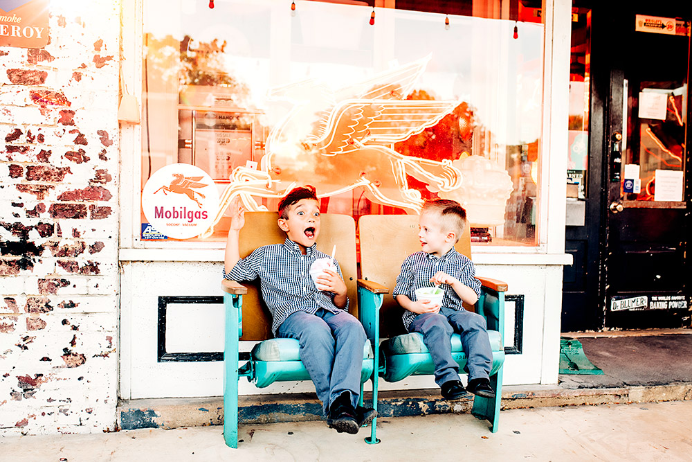 two little boys eating in san antonio texas