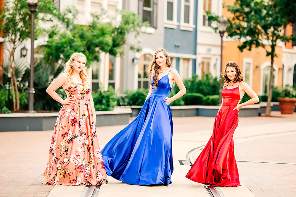 three teen girls in dresses in san antonio texas