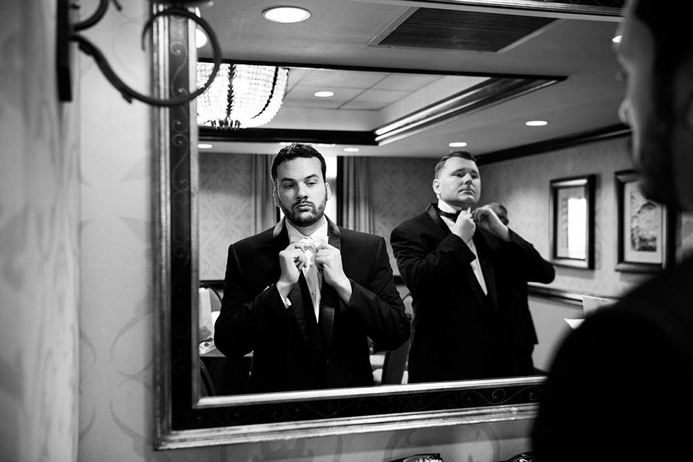 groomsmen getting ready in san antonio texas