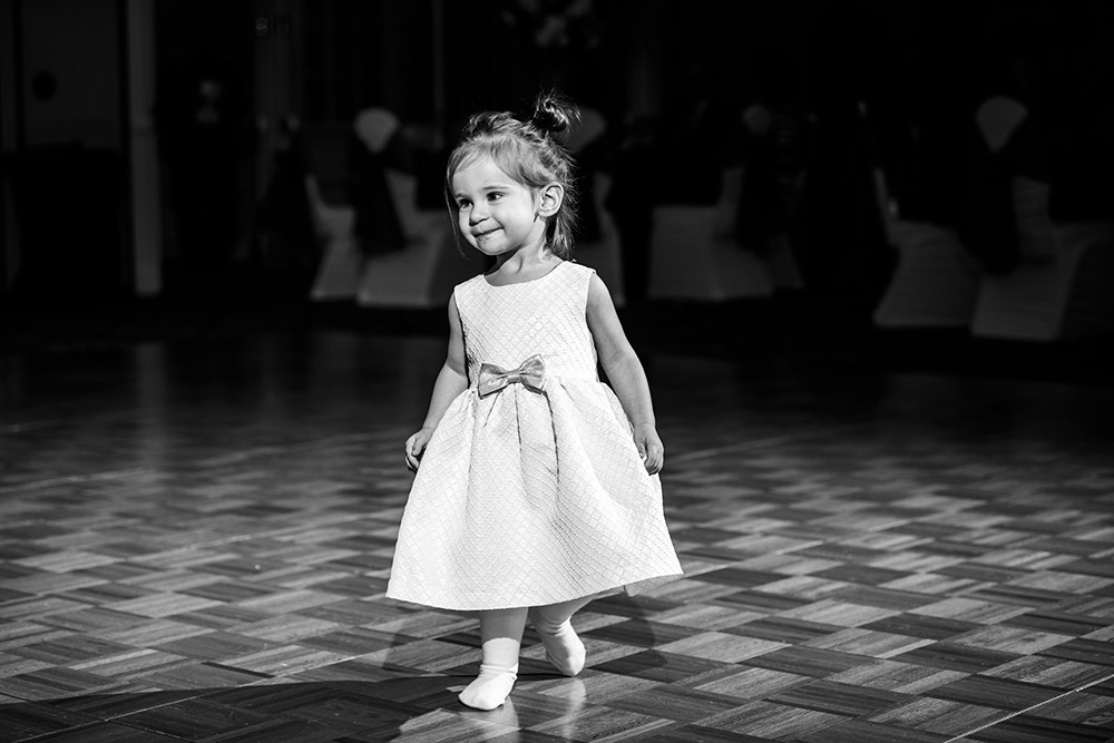 flower girl at wedding in san antonio texas